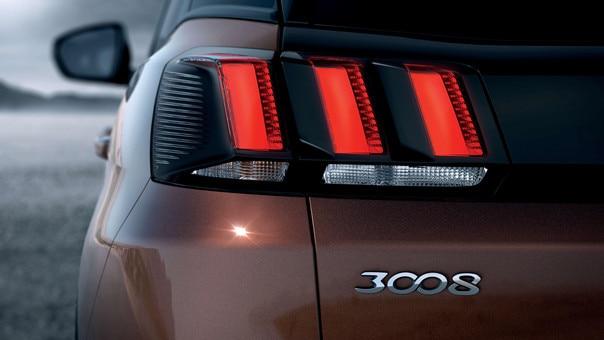 suv 3008 tylne reflektory LED