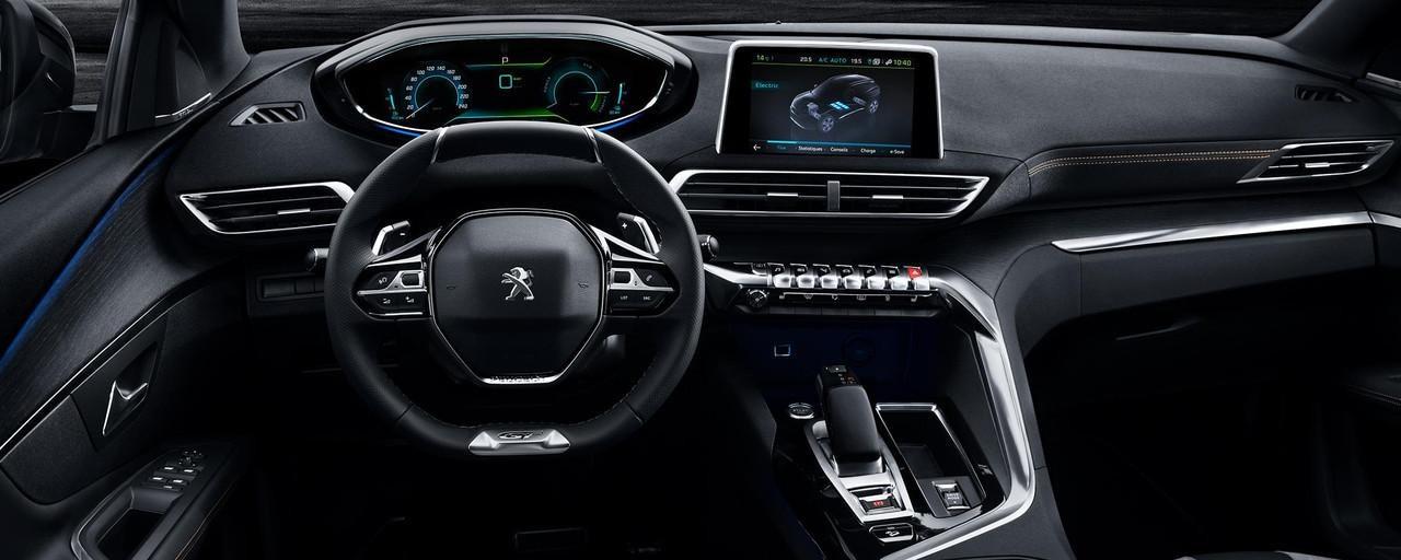 SUV 3008 Hybrid4 i-Cockpit 3D - komfort i ergonomia prowadzenia