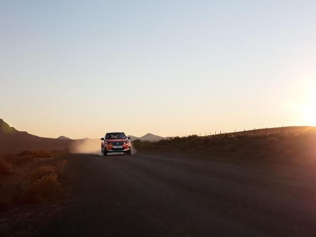 Nowy SUV PEUGEOT 2008 - technologia 'Advanced Grip Control', by lepiej dostosować się do warunków na drodze.
