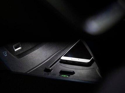 /image/95/8/pc12-rechargesmartphone.460958.jpg